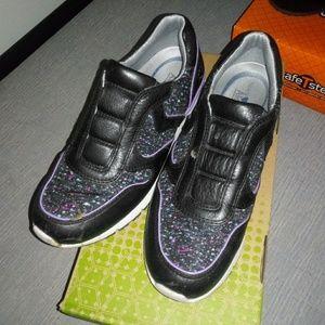 Nurse Mates work shoes size 7.5